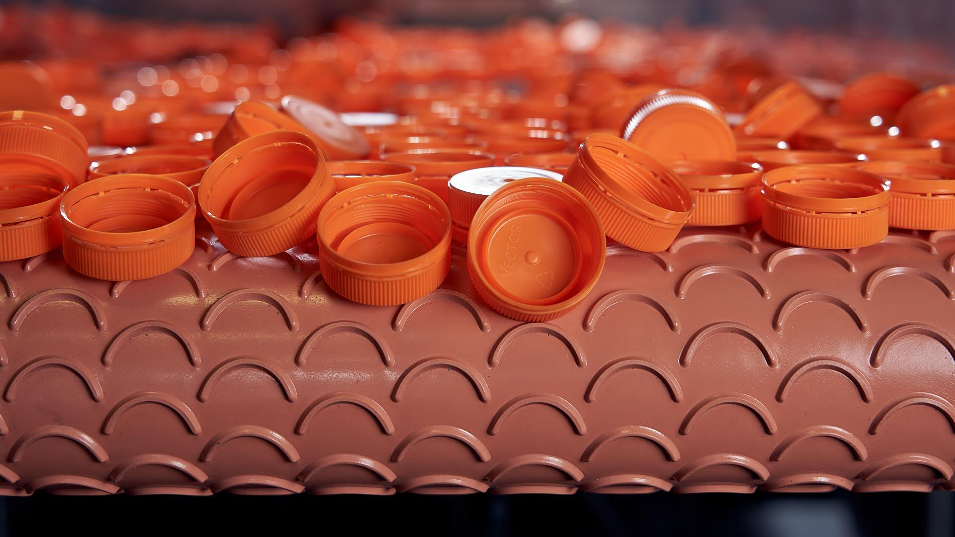 plastic-lids-food&beverage